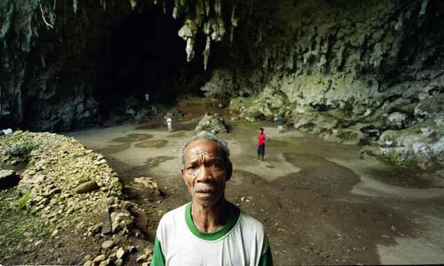 cueva de la isla de Flores donde fue hallado el Homo Floresiensis