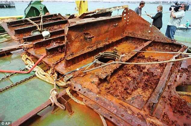 una pieza del Titanic recuperada en 1998
