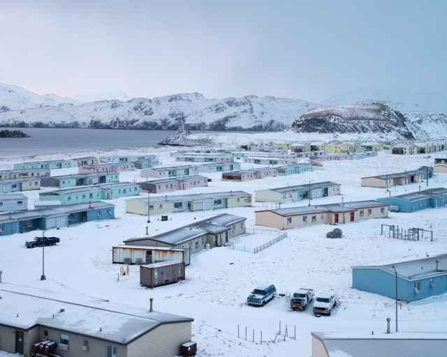 pueblo de Kuluk en la isla de Adak