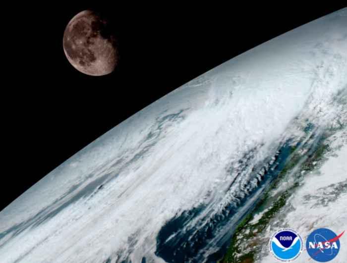 tormenta en el Caribe y la Luna