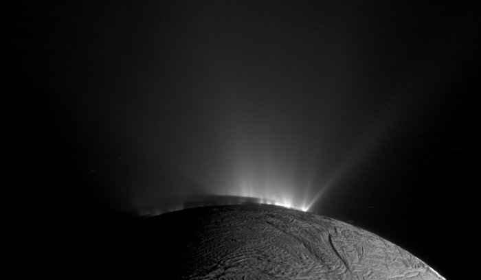 plumas Encelado