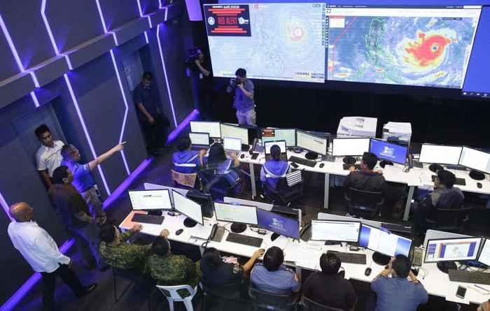 Duterte observa la trayectoria del tifón Mangkhut