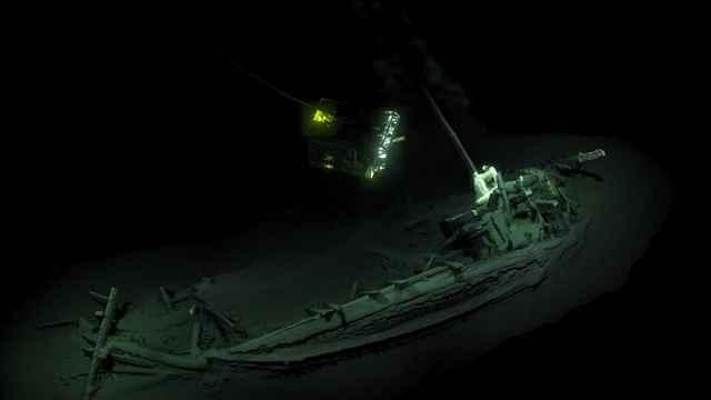 barco griego antiguo en el Mar Negro