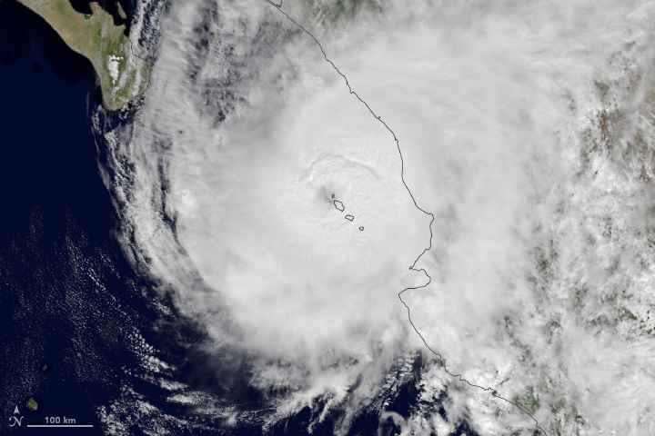 huracán Willa desde satélite