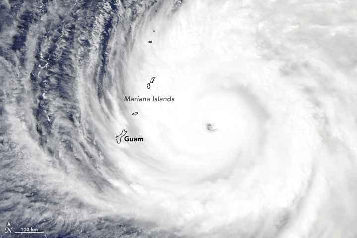 súper tifón Yutu desde satélite