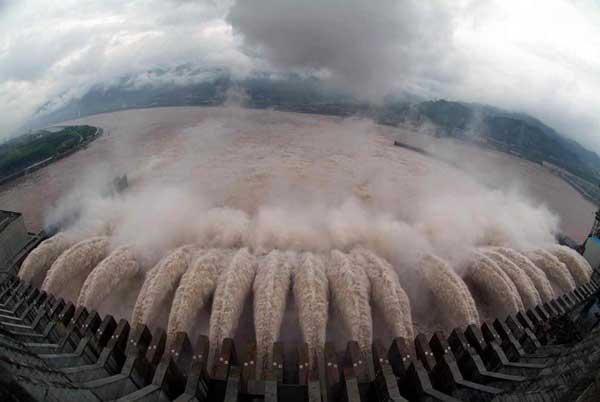 compuertas presa Tres Gargantas, China