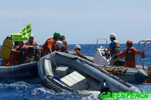 activistas de Greenpeace atacados por pescadores de atún franceses en aguas de Malta