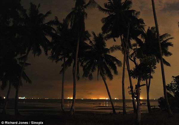 luces flota puerto de Singapur