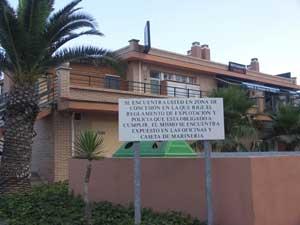 Cartel aviso de reglamento Marina de Benicarló