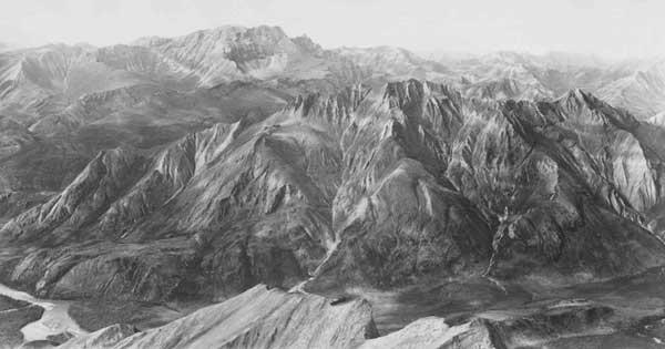 Alaska, picos al sur de Brooks Range