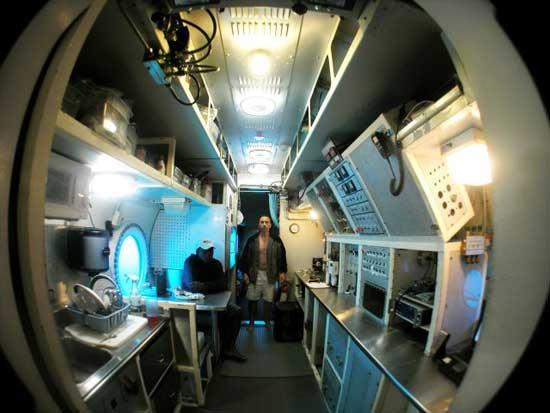 interior de la estación submarina Aquarius