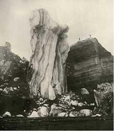 bloques de hielo arrastrados por la erupción del Katla en 1918