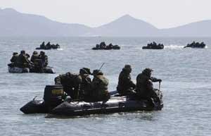 buscando supervivientes barco Corea Sur hundido