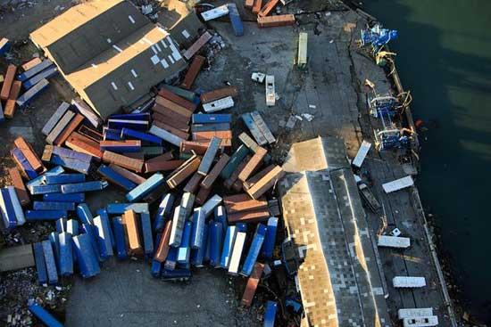 contenedores amontonados en el puerto de Talcahuano