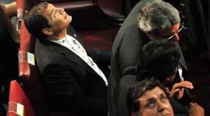 Evo Morales, mira techo congreso Valparaiso