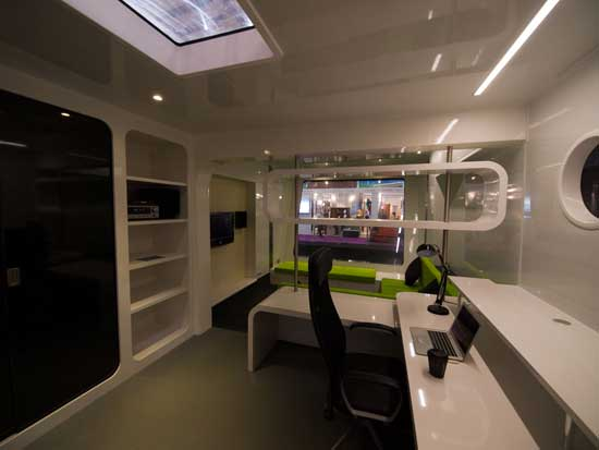 h2office, interior oficina flotante