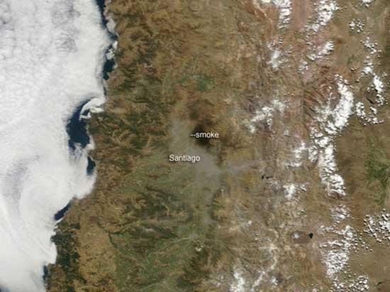 humo, Santiago tras terremoto, Chile