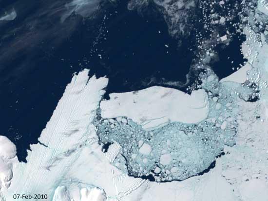 iceberg lengua glaciar Mertz, Antártida