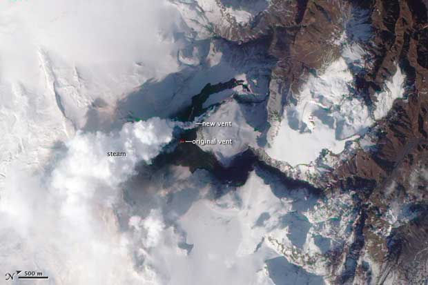 imagen satelite Terra erupción volcán Islandia, 01-04-2010