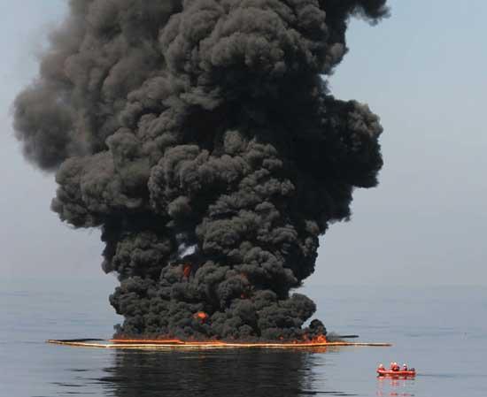 incendio controlado de petróleo, Golfo de México