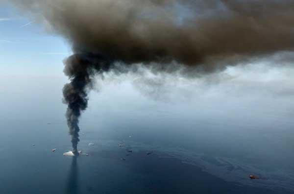 incendio Deepwater Horizon, abril 2010