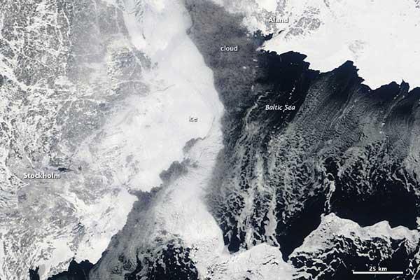 Mar Báltico congelado, NASA