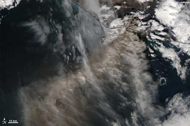 nube cenizas volcán Eyjafjalla, Islandia 15-05-2010