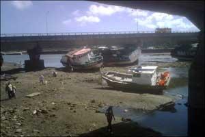 tsunami Chile, desplazamiento de barcos en Lebu
