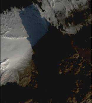 volcán Eyjafjallajökull imágenes satélite Eyes NASA abril 2010