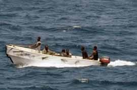 piratasen un lancha fuera borda