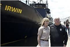 Paul Watson y la viudad de Steve Irwin