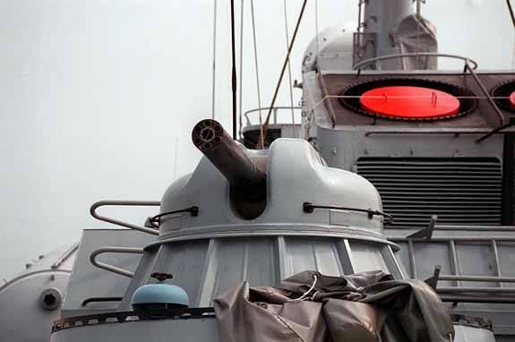 artilleria fragata Tabar