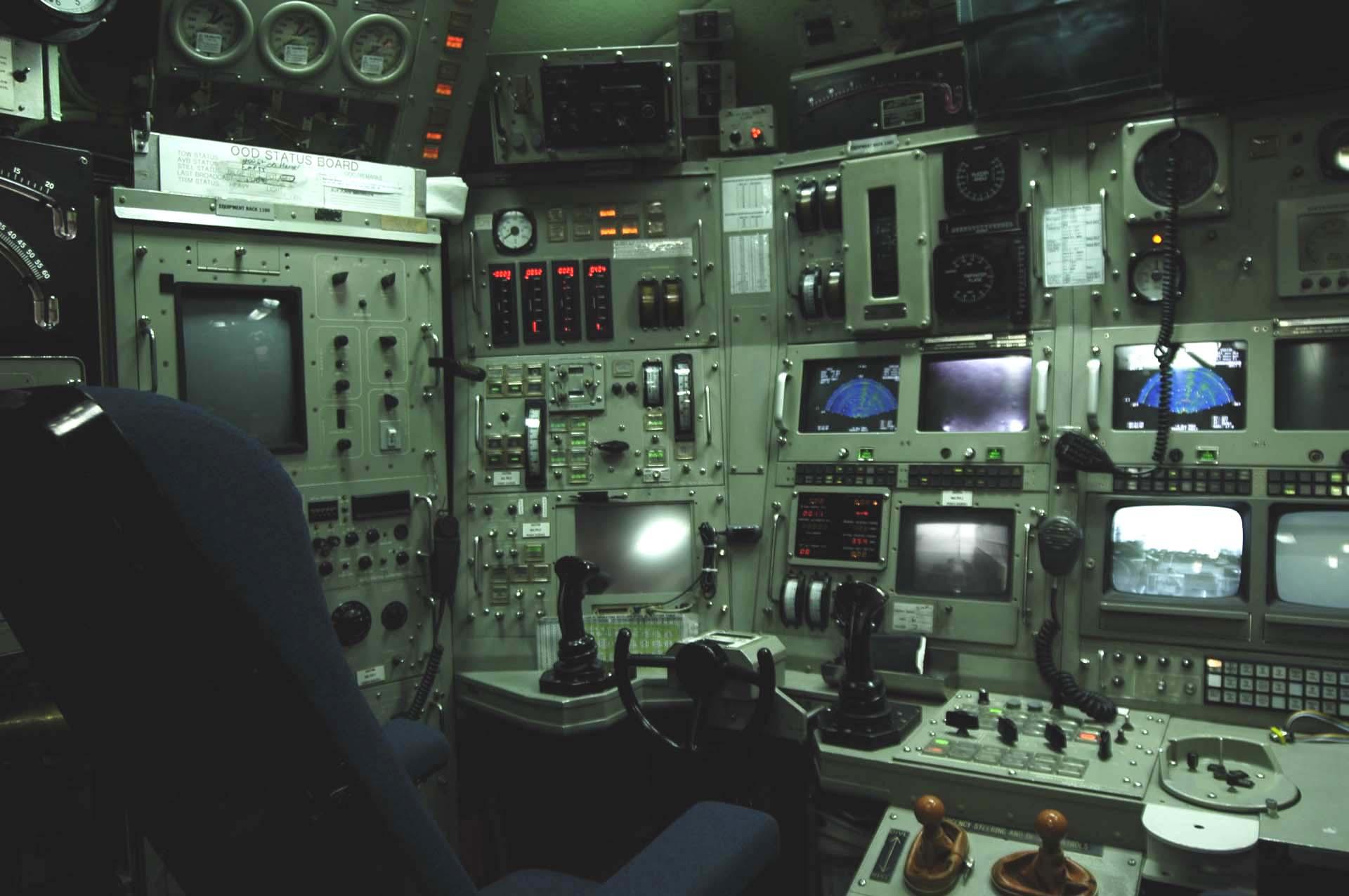 Los submarinos de investigaci n s per secretos que for Interior submarino