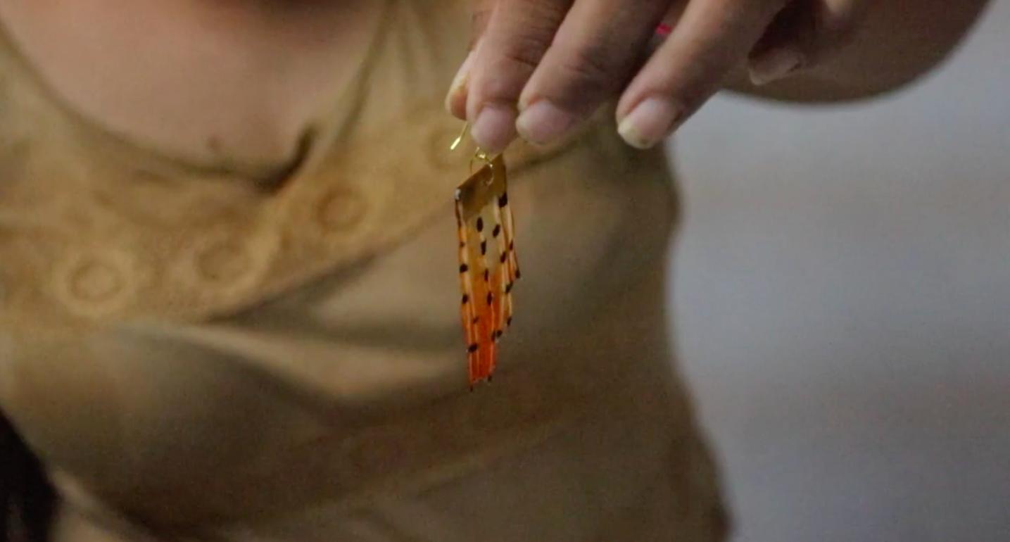 b2cebcd74e7 Un novedoso taller ofrecerá a las mujeres beliceñas otra fuente de  ingresos. Aunque el pez león ...