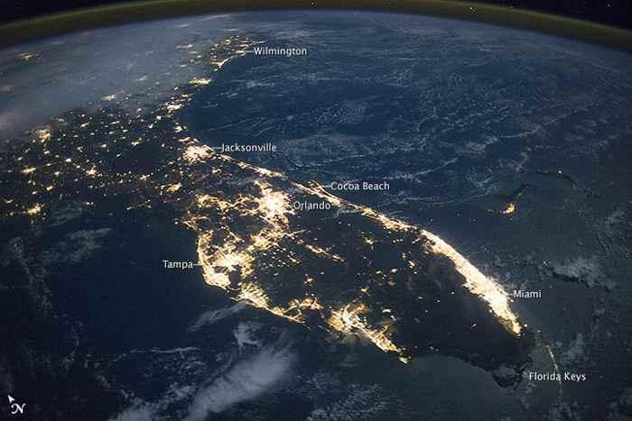 La Peninsula de Florida de noche (desde satélite)