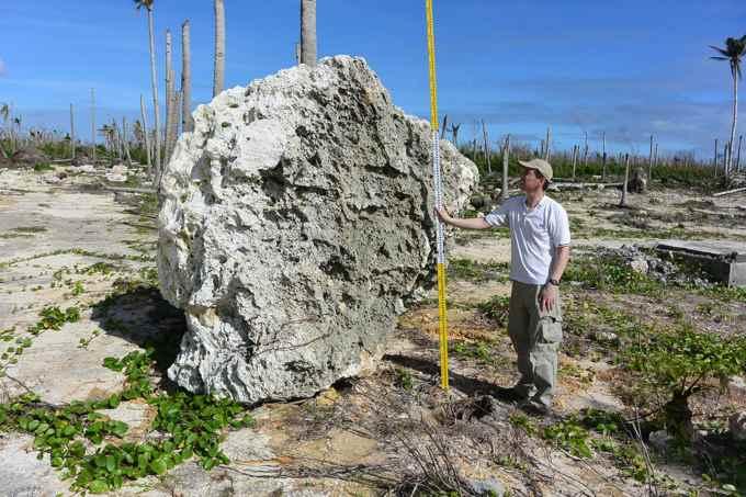 Súper tifón empujó rocas del tamaño de coches en las playas de Filipinas