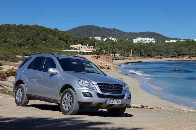 Alquila un coche en tus vacaciones en Ibiza